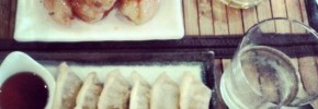 Mandoos aux légumes et beignets de crevette